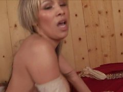 Sexy blonde skillfully works with her mouth