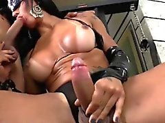 Shemale Hottie Nathany Gomes Gets Assfucked