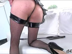Domme tgirl Aly Sinclair rips juicy pussy until she cums