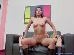 Hot Latina Girl Sucks & Gets Fucked By Fit Body TS Star Slut Bonita Jimena!