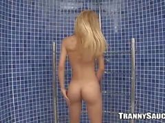 Amanda jerks off in the shower 2