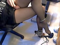 crossdresser sevy has sexy feet & legs, cumshots