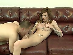 Tgirl gets dick sucked